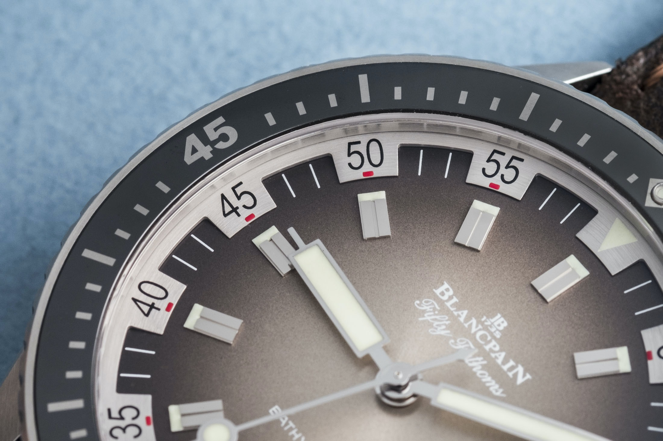 Review: The Blancpain Fifty Fathoms Bathyscaphe Day Date 70s DSCF8680