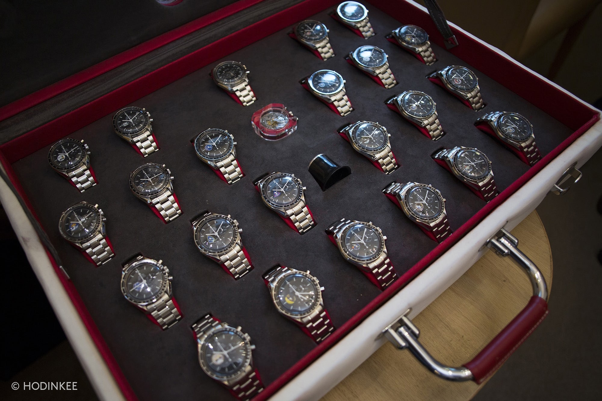 Sunday Rewind: A Look Inside The World's Only Authorized Vintage Omega Dealer 20010039 1 copy 2
