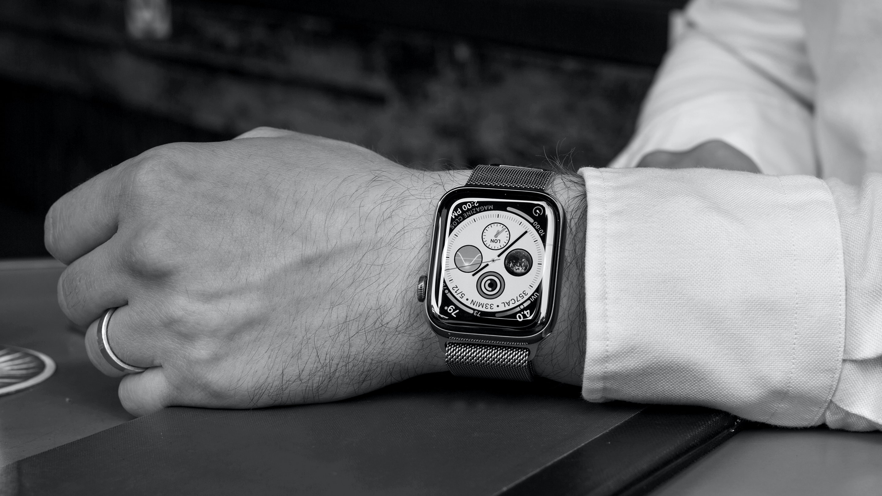HODINKEE Radio: Episode 12: Apple And The Future Of Watchmaking
