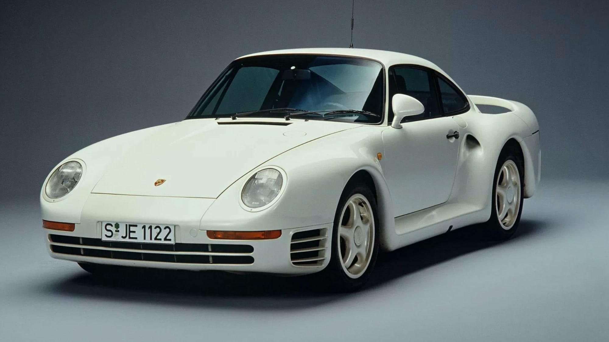 Weekend Round-Up: Views Of The Earth, New York City In The 1980s, And The Crazy Story Of The Porsche 959 p2