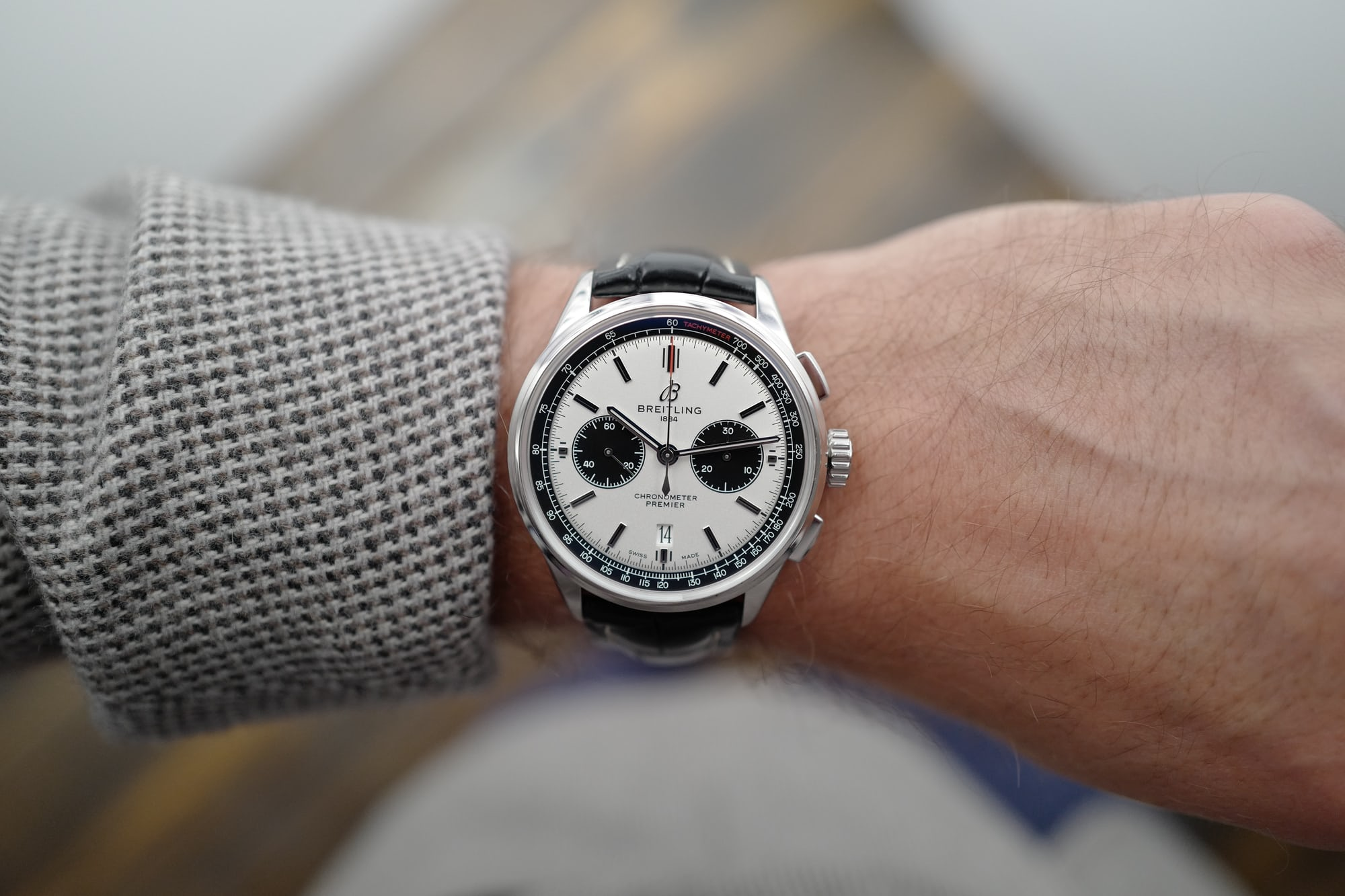 Introducing: The New Breitling Premier Collection (Live Pics & Pricing) L1090004