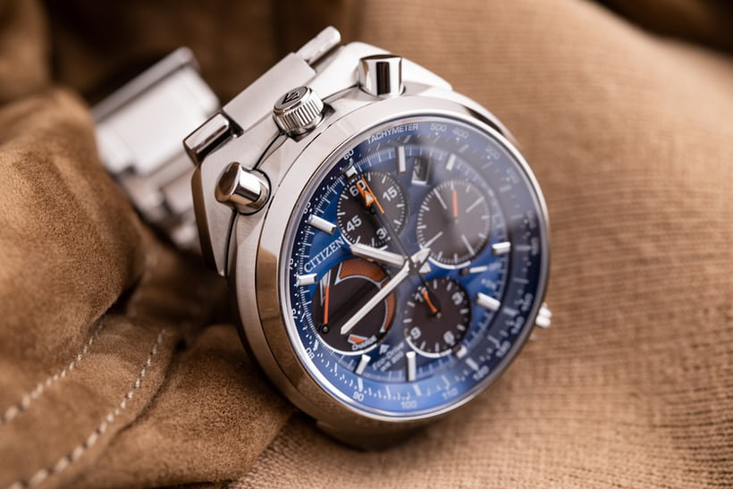 0114af269 The new Tsuno chronograph's caliber E210 is basically the caliber 2100 with  the movement rotated 90 degrees to the left, in keeping with the usual  procedure ...