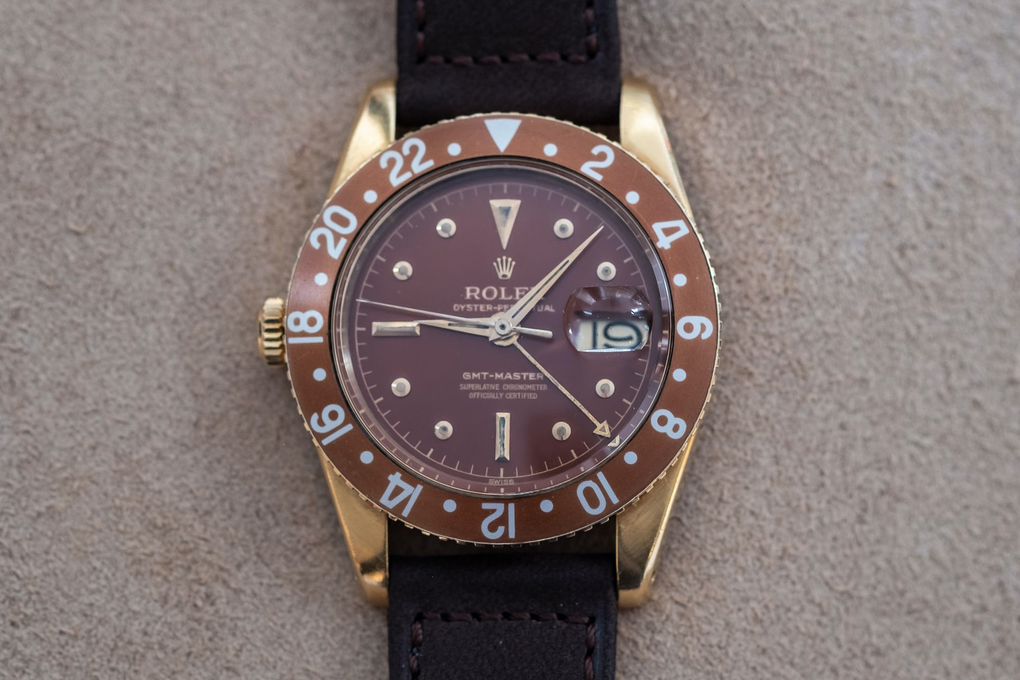 Auction Report: 13 Watches To Know About Going Into Phillips Geneva Watch Auction: Eight DSCF0036