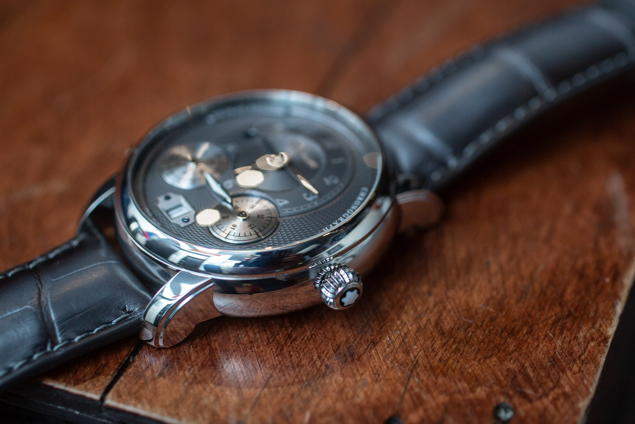 montblanc-star-legacy-nicolas-rieussec-chronograph-anthracite-caseside