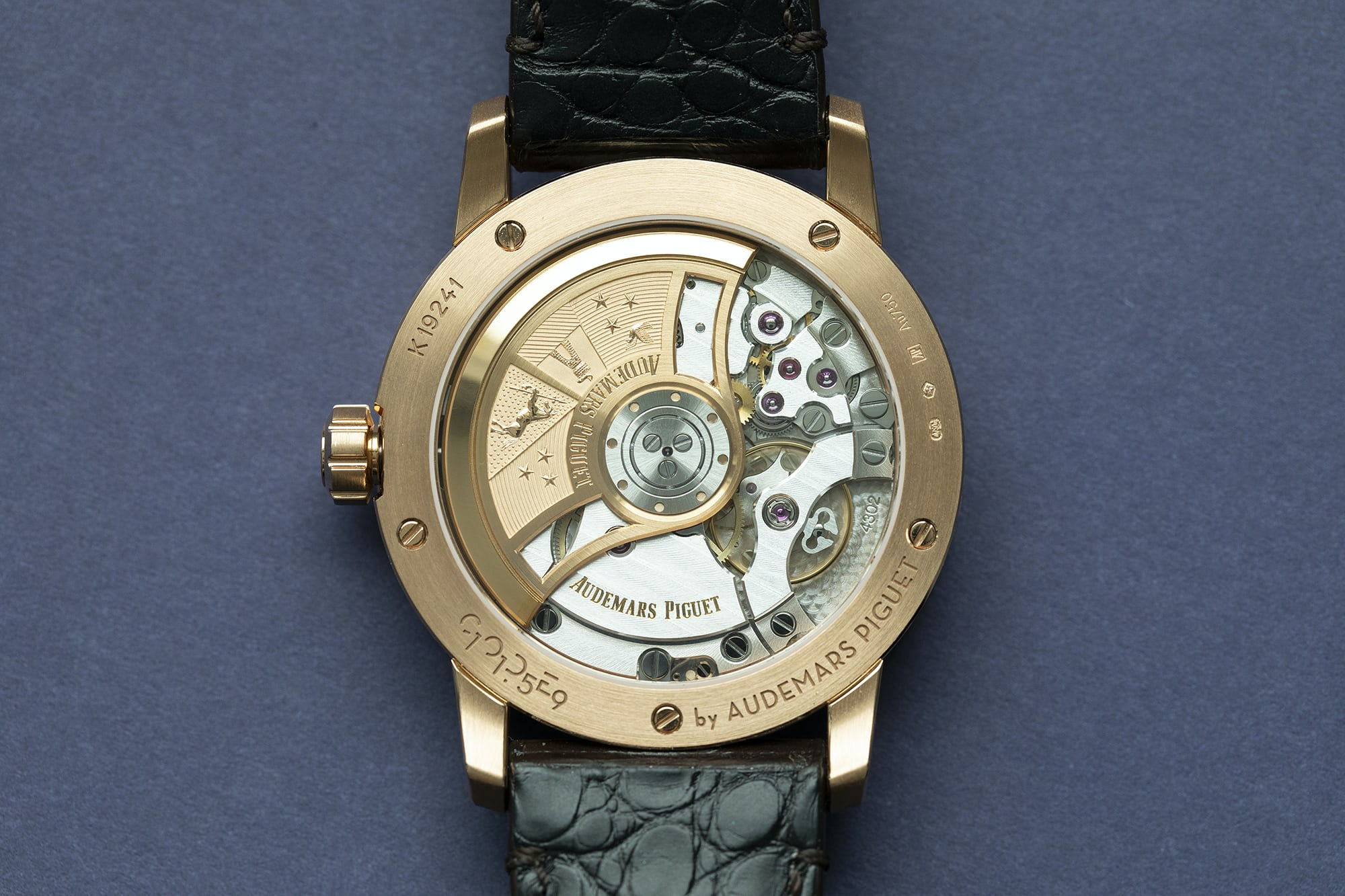 code-1159-audemars-piguet-SELF-WINDING-cal-4302