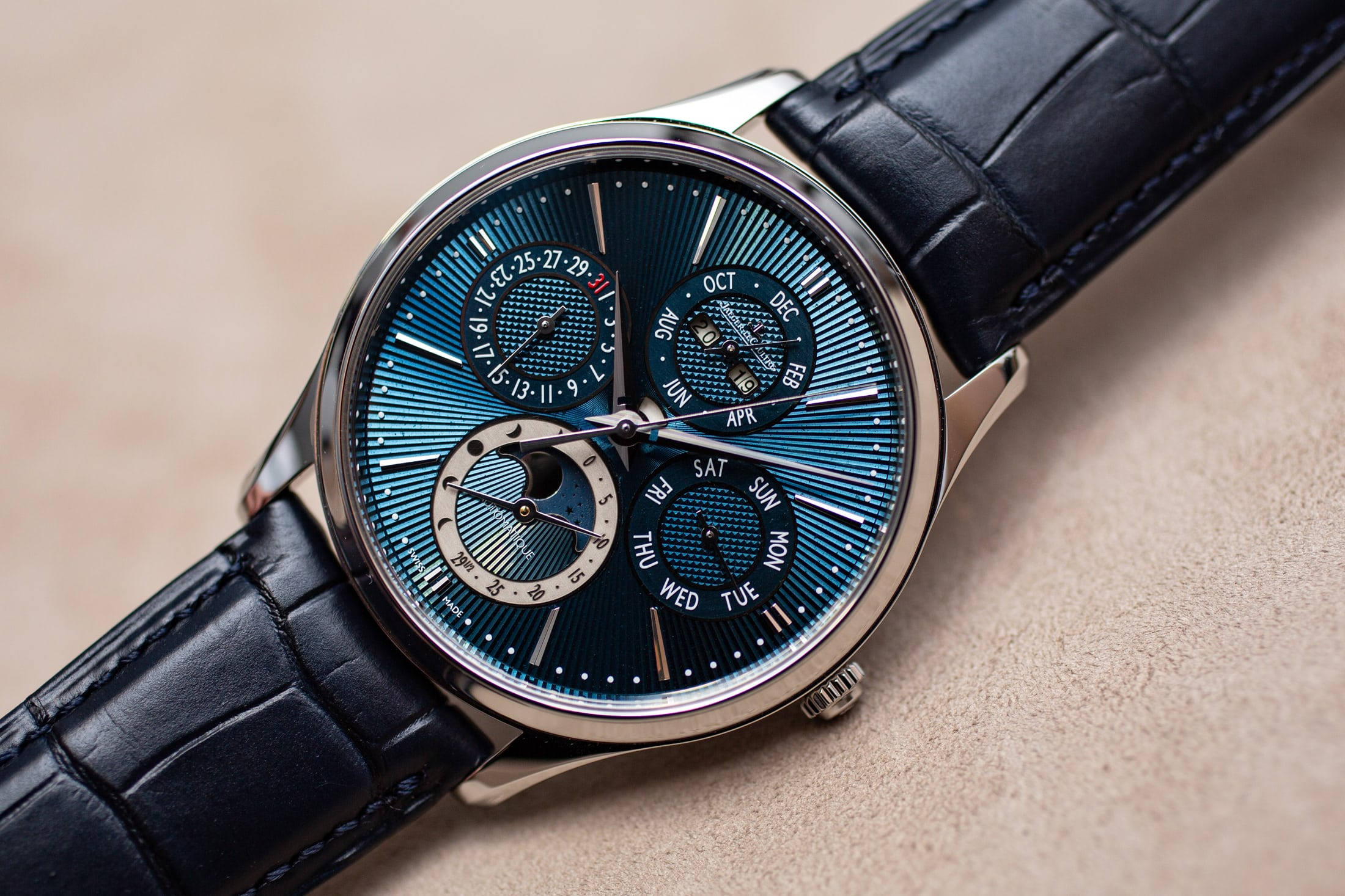 jaeger-lecoultre-master-enamel-limited-editions-Perpetual