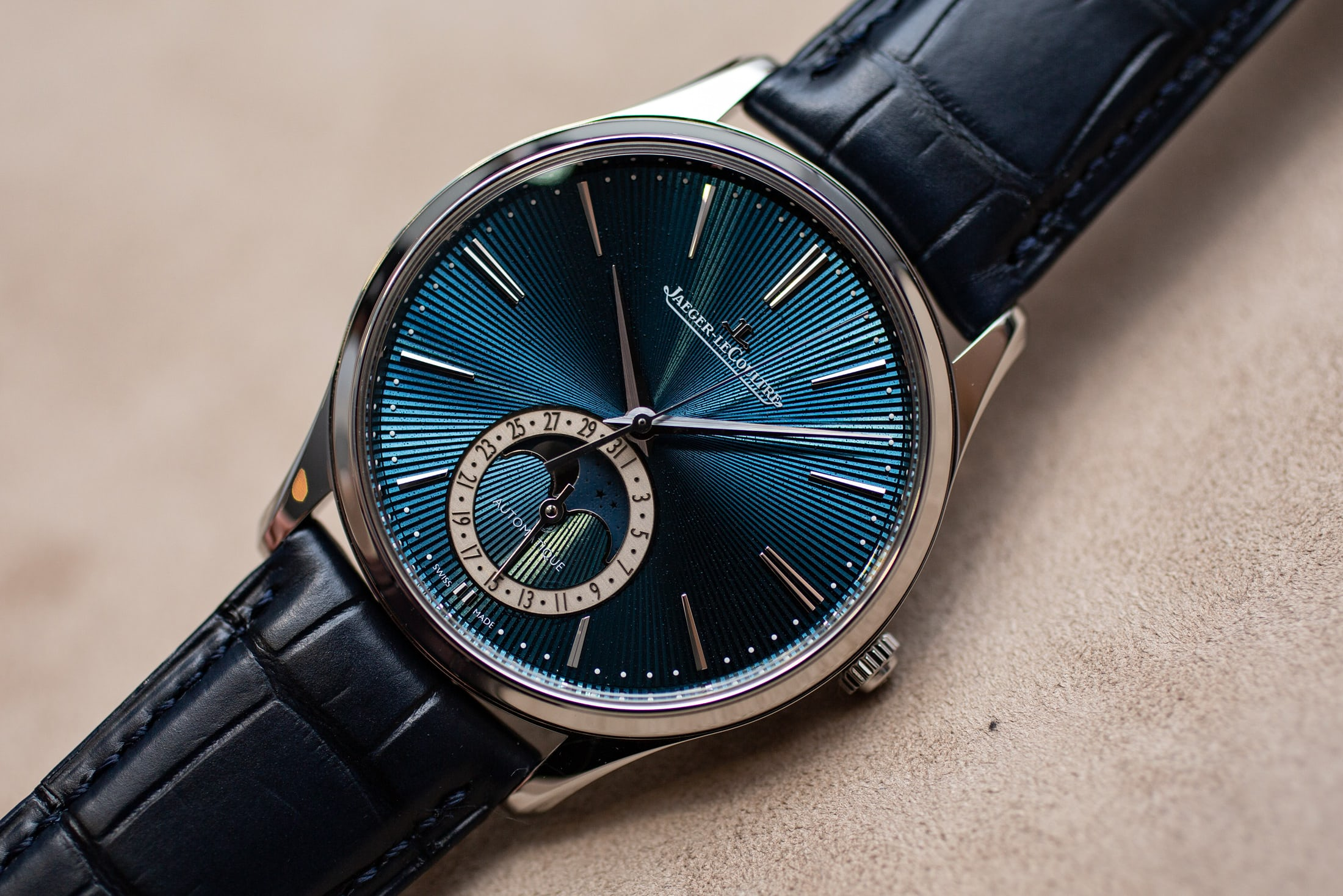jaeger-lecoultre-master-enamel-limited-editions-moonphase