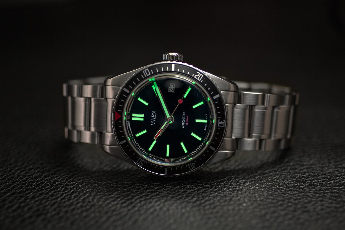 d69044badb9a The lume of the Maen Hudson is C3 Superluminova and it glows well in low  light.