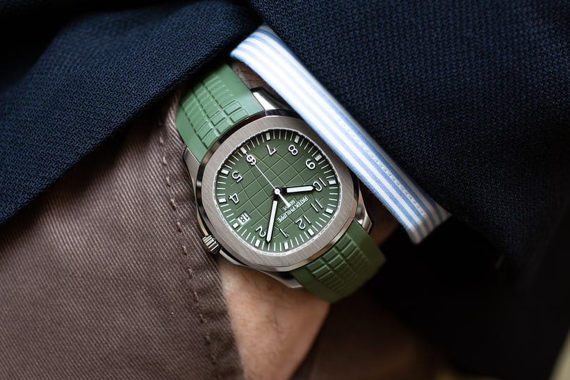 First Photos The Patek Philippe Aquanaut 5168g 010 In Khaki Green