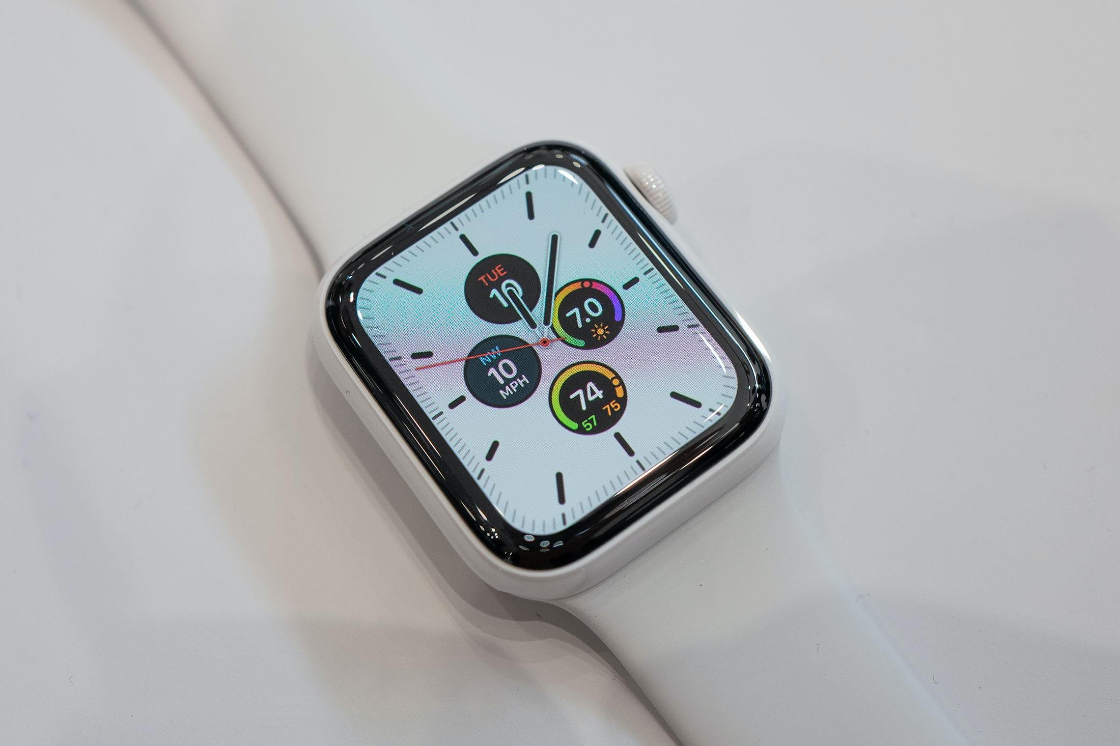 Apple-Watch-Series-5-4