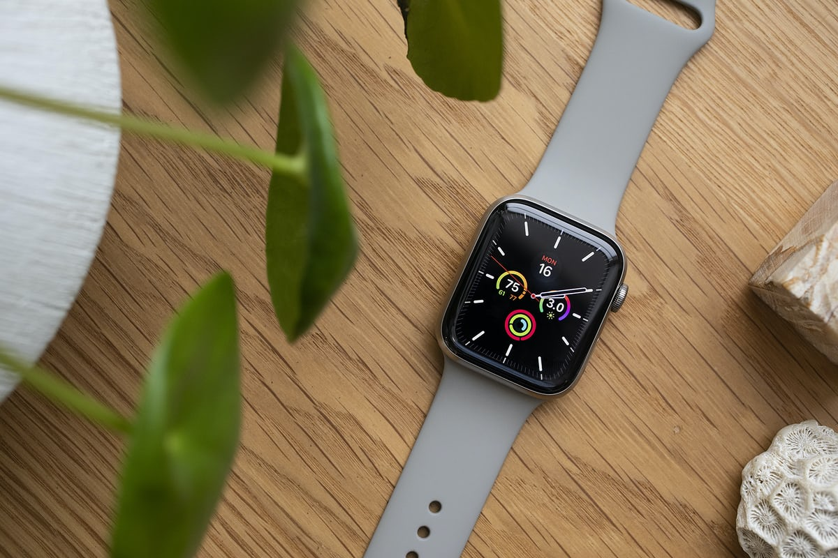 A Week On The Wrist The Apple Watch Series 5 Edition In Titanium Hodinkee