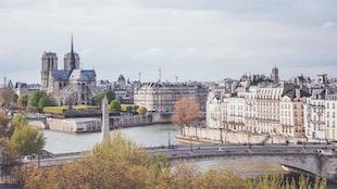 Parisian Atmosphere, Avant-Garde Speakers, And Road Trip Woes