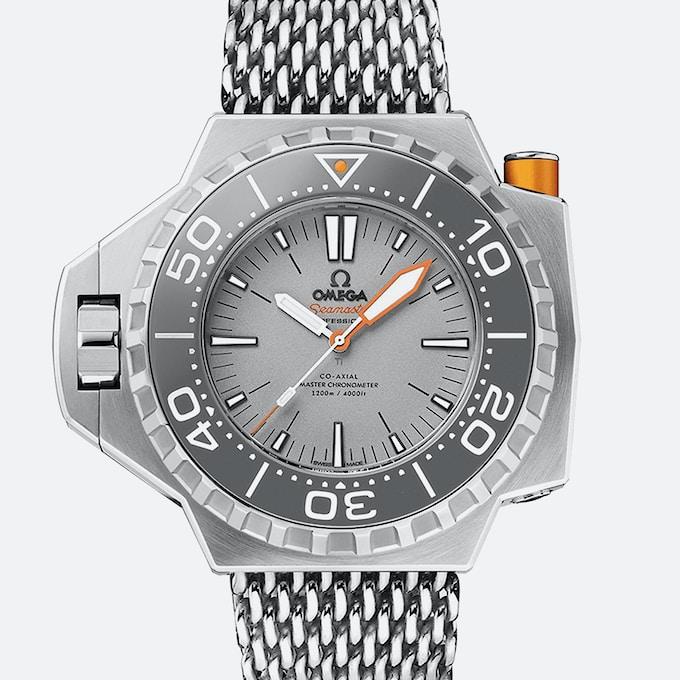 Omega117 A.jpg?ixlib=rails 1.1 - Top 3 mẫu đồng hồ Omega siêu chất dành cho thợ lặn