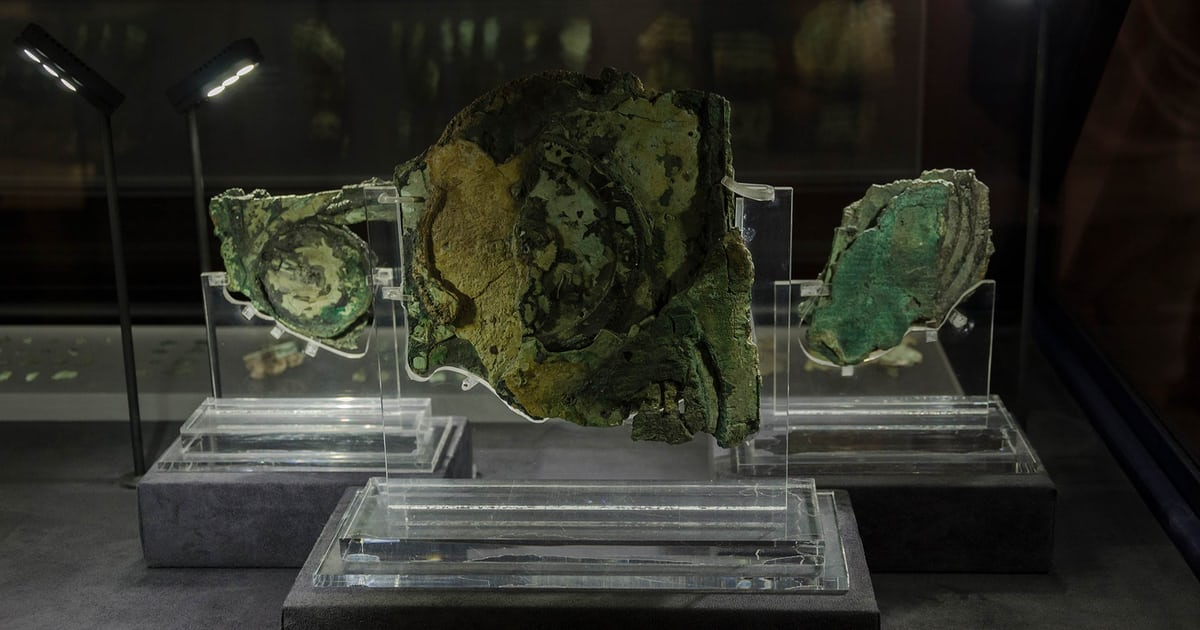 The Antikythera Mechanism is an ancient Greek astronomical computer of amazing complexity - HODINKEE